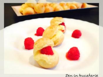 Choux a la creme – gogosele cu crema de vanilie