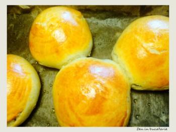 Chifle pufoase cu lapte – reteta japoneza