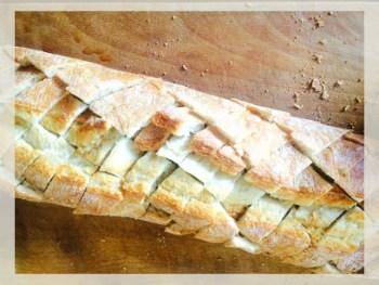 paine cu mozzarella si pesto de leurda
