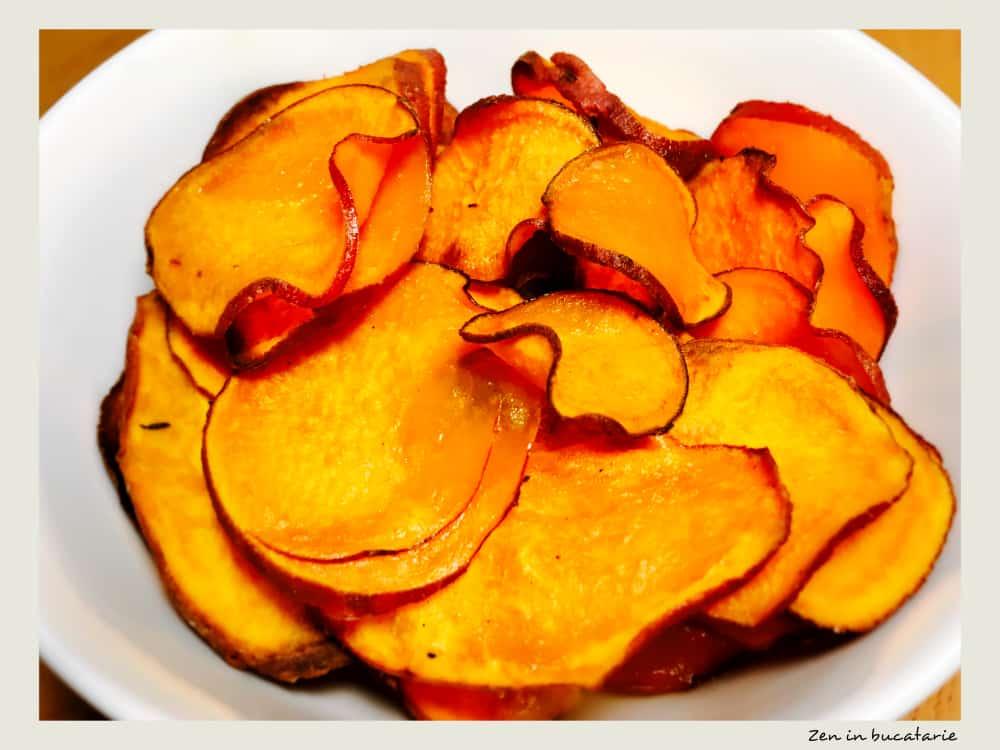 Chipsuri din cartofi dulci la cuptor