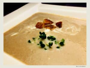 supa crema de ciuperci si usturoi copt