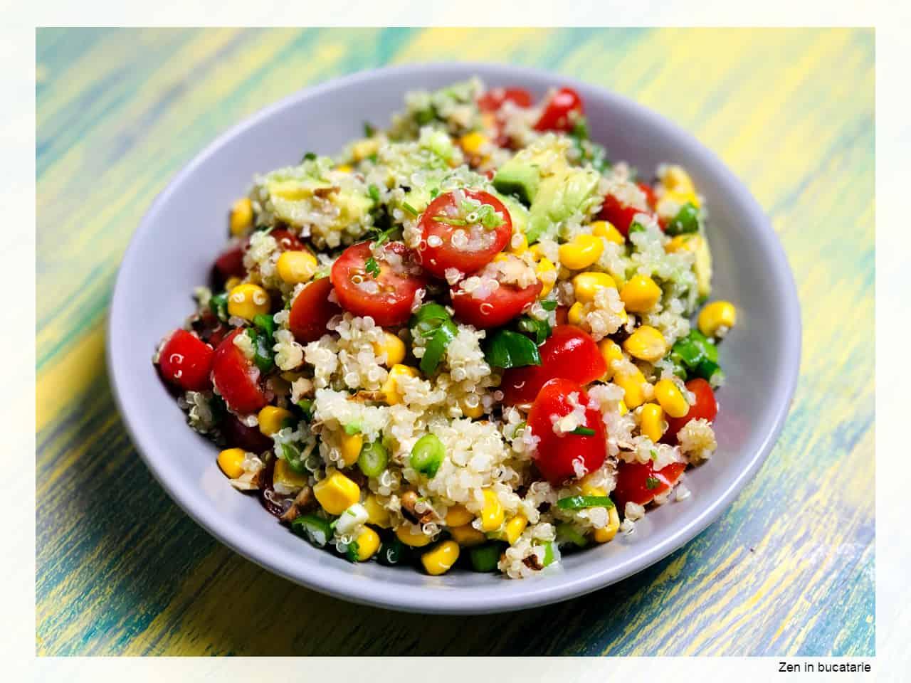salata cu quinoa si avocado